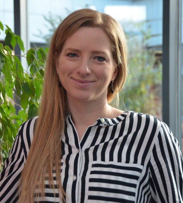 Porträt von Julia Boos, Leiterin der Ehrenamtsbörse des Landkreises Merzig-Wadern